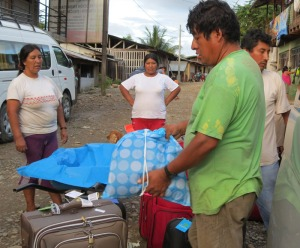 Peru-Atalya-load-luggage