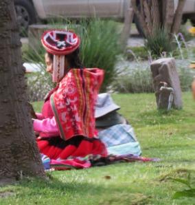 Peru-Ollantayambo-vendor
