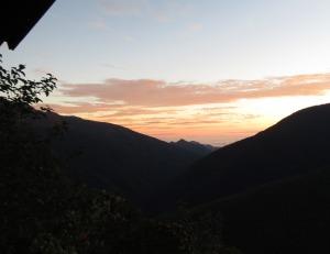 Peru-Waquencha-dawn-view