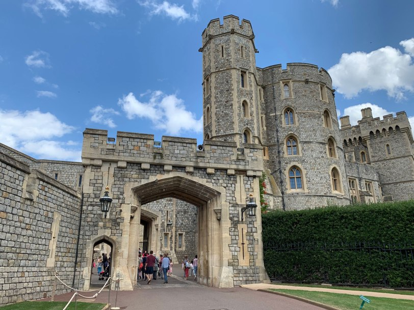 UK-Windsor-Castle-entrance